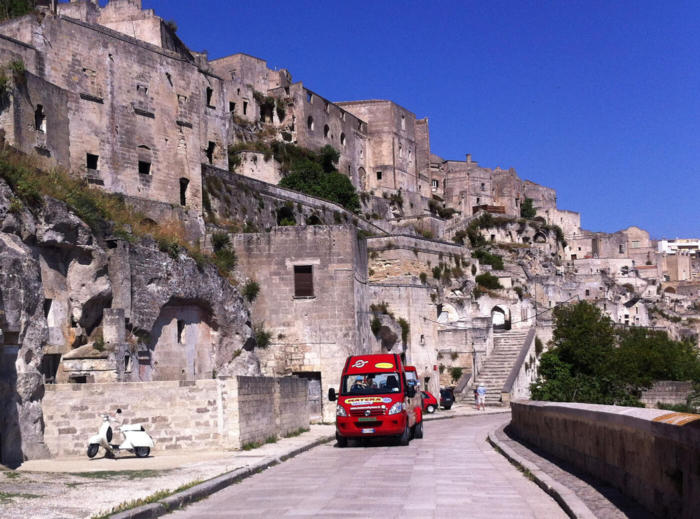 bus matera city tour